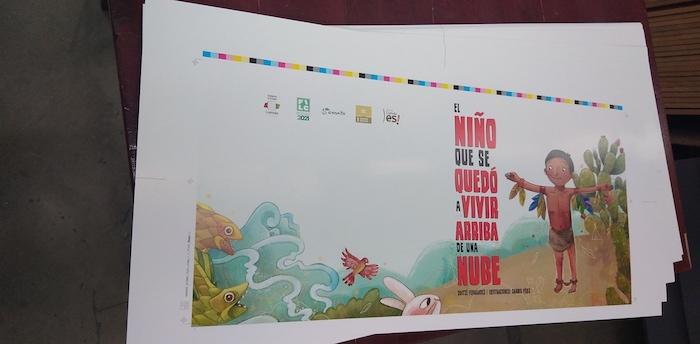 Antes de la impresión de un libro se realizan pruebas de color para asegurarse que se cumpla con las tonalidades previstas en el diseño.